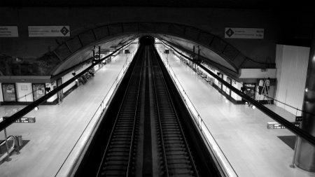 city??, underground, black white