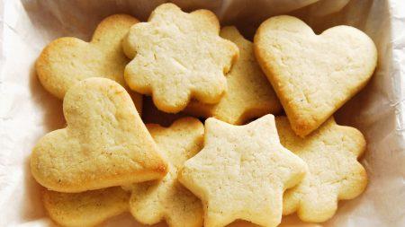 cookies, figures, asterisks