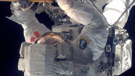 cosmonaut, weightlessness, work