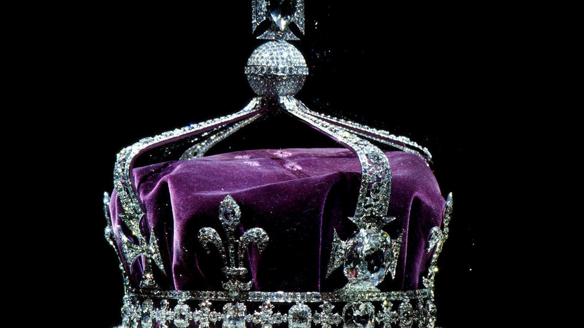 Download Wallpaper 1920x1080 Crown Diamonds Jewelry Full Hd