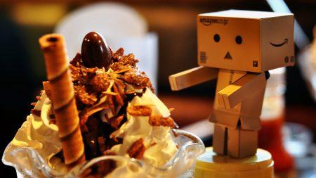 danboard, cake, cardboard robot