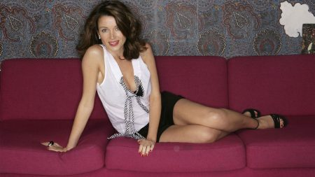 dannii minogue, brunette, couch
