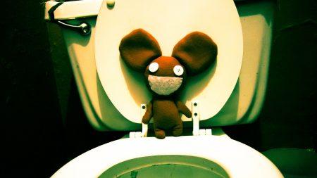 deadmaus, mouse, toilet