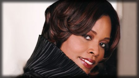 dianne reeves, girl, lipstick