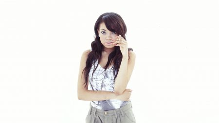 dionne bromfield, girl, face