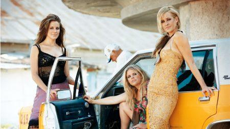 dixie chicks, girls, car