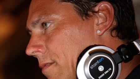 dj tiesto, face, headphones