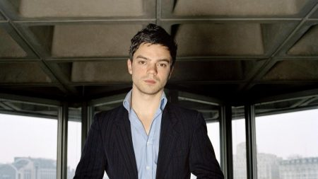 dominic cooper, brown hair, style