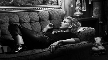 ellie goulding, sofa, room