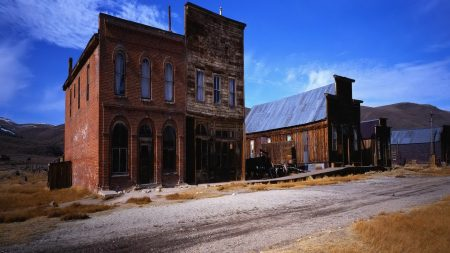 erica, ghost town, building