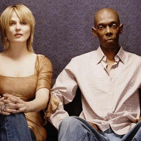 faithless, girl, sofa