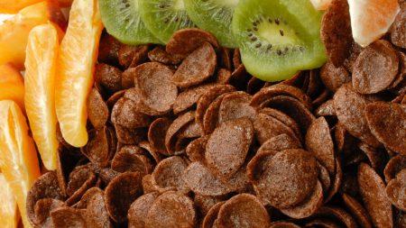flakes, tangerine, kiwi