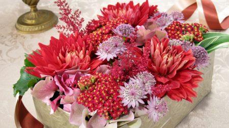 flowers, ribbons, box