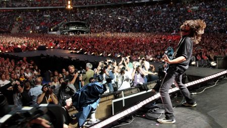 foo fighters, scene, stadium
