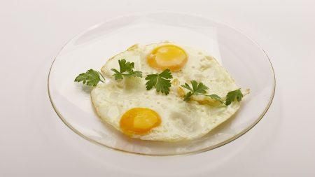 fried eggs, breakfast, greens