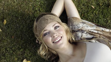girl, smile, green eyes