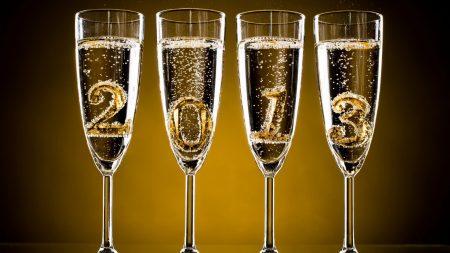 goblets, champagne, bubbles