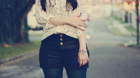 hands, shorts, girl