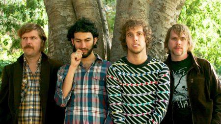 horse the band, smile, tree