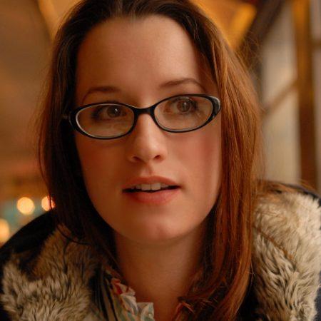 ingrid michaelson, girl, glasses
