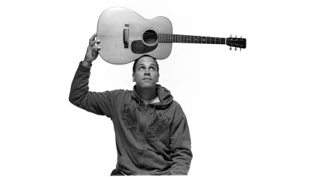jack johnson, guitar, look