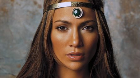 jennifer lopez, face, jewerly