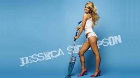 jessica simpson, legs, vacuum cleaner