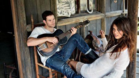 kellan lutz, brunette, guitar