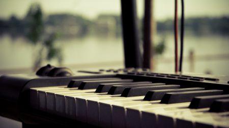 keyboard, piano, synthesizer