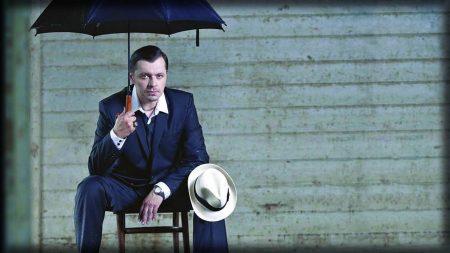krzysztof kiljanski, umbrella, suit