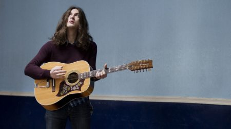 kurt vile, guitar, hair