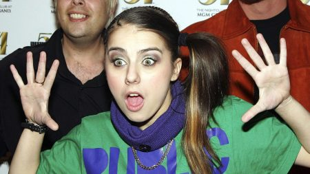 lady sovereign, surprisingly, palms