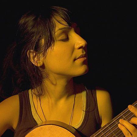 laleh, guitar, face