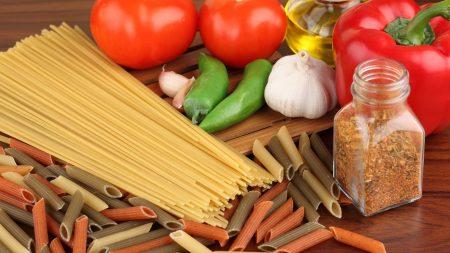 macaroni, spaghetti, pepper