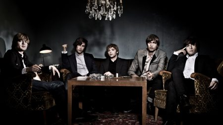 mando diao, table, armchairs