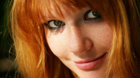 mia sollis, red-haired, green-eyed