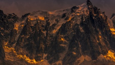 mountains, gloomy, gleams