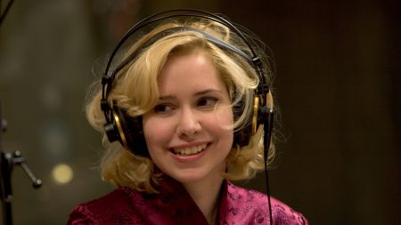 nellie mckay, girl, blonde
