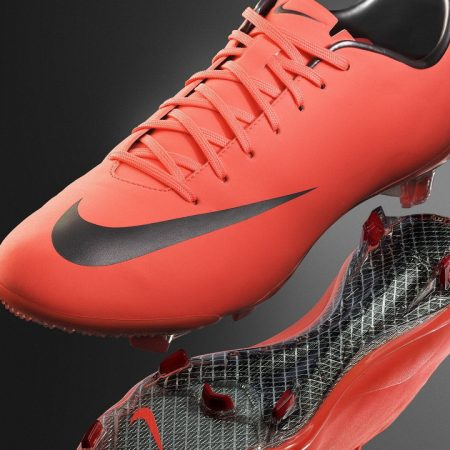 nike mercurial, boots, spikes