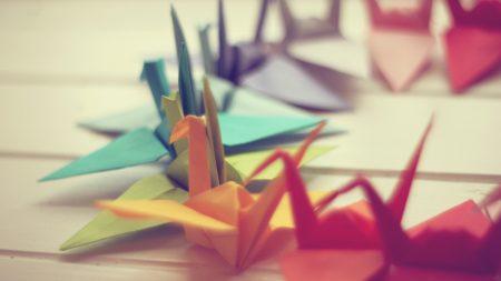paper, crane, close up