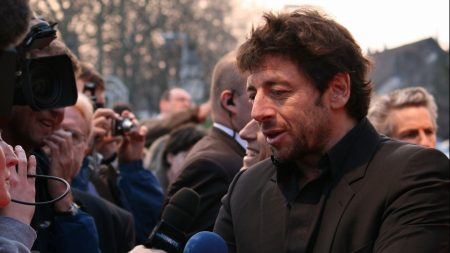 patrick bruel, microphone, faces