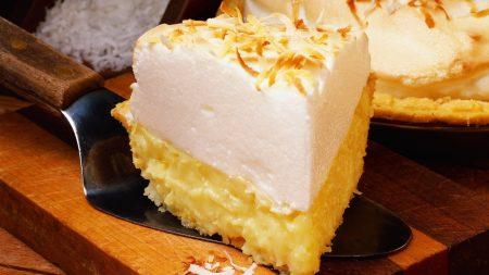 piece of cake, meringue, paddle