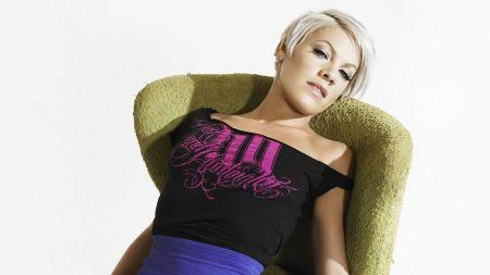 pink, armchair, blonde