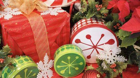 presents, many, snowflakes