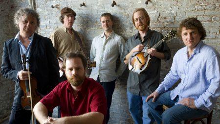 railroad earth, band, violin