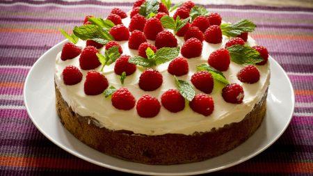 raspberry, mint, pie