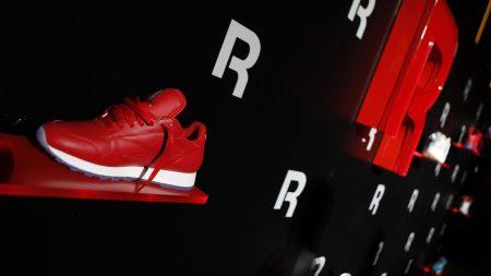 reebok, sneakers, stand