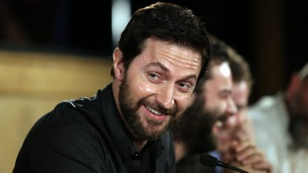 richard armitage, brunette, smile