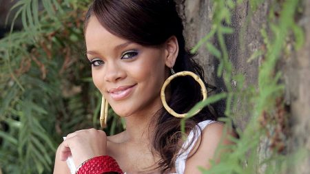 rihanna, earrings, smile