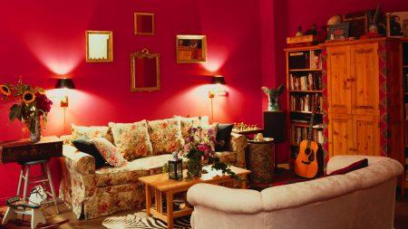 room, walls, furniture